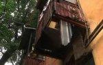 В Днепропетровске пенсионер упал вместе с балконом