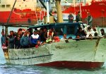 У побережья Турции затонуло судно с мигрантами, 58 погибших