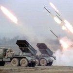 """На границе с Украиной Россия развернула """"Град"""", танки и артиллерию"""